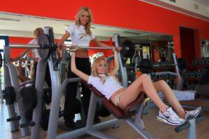 Trening klatki piersiowej dla kobiet